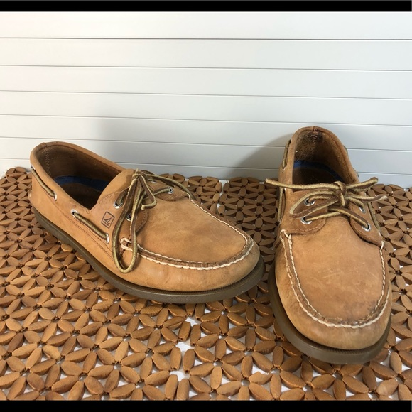 SPERRY Men's Authentic Leather 2 Eye Boat Shoes